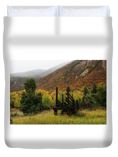Loading Chute - 9550 Duvet Cover