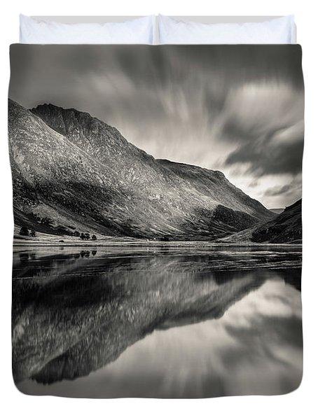 Loch Achtriochtan Reflection Duvet Cover
