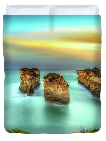 Loch Ard Gorge In The Golden Hour Duvet Cover