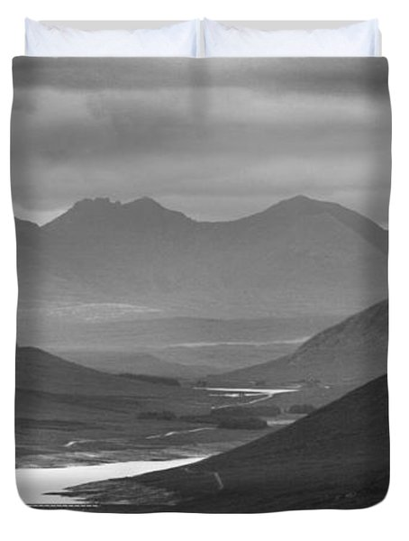 Loch Glascarnoch And An Teallach Duvet Cover