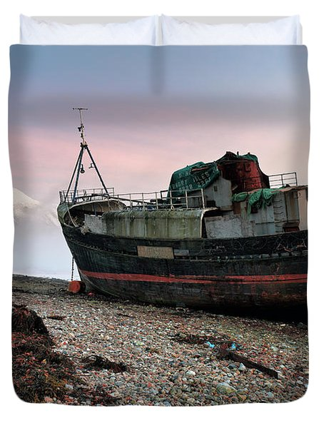 Duvet Cover featuring the photograph Loch Linnhe Misty Boat Sunset by Grant Glendinning