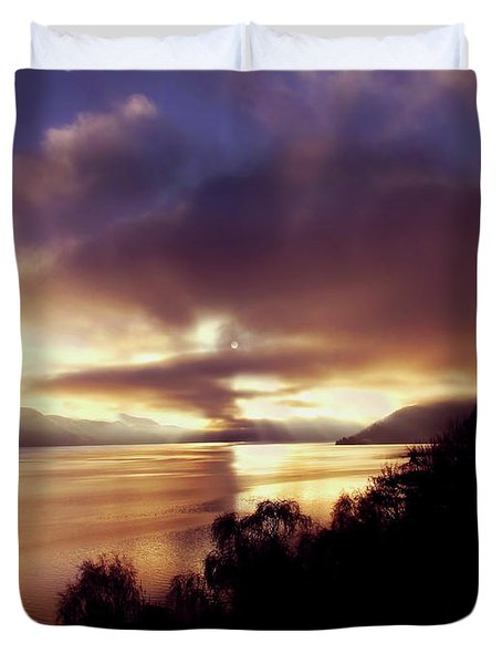 Loch Ness Winter Sunset Duvet Cover