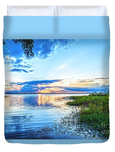 Duvet Cover featuring the photograph Lochloosa Lake by Anthony Baatz