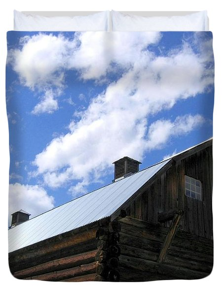 Log Clydesdale Barn Duvet Cover by Will Borden