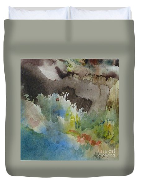 Lointain Duvet Cover
