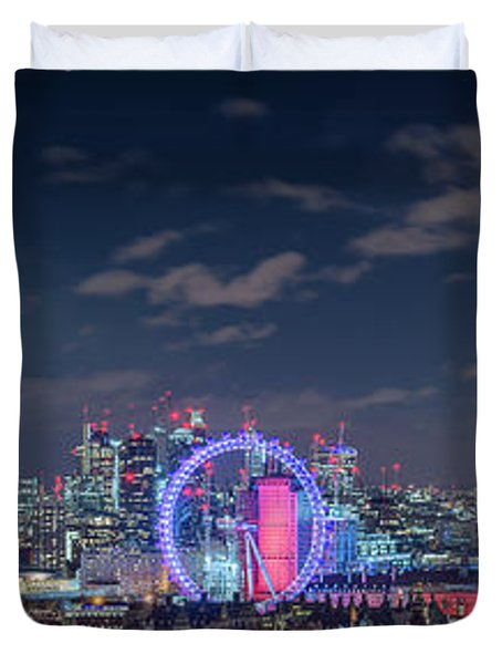 Duvet Cover featuring the photograph London By Night by Stewart Marsden