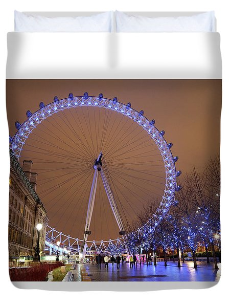 Duvet Cover featuring the photograph Big Wheel by David Chandler