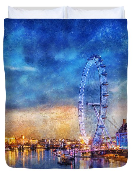 Duvet Cover featuring the photograph London Eye by Ian Mitchell