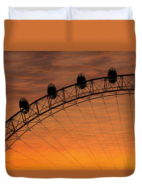 London Eye Sunset Duvet Cover by Martin Newman