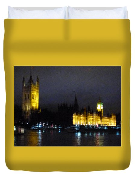 Duvet Cover featuring the photograph London Late Night by Christin Brodie
