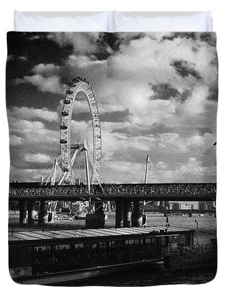 London S Skyline Duvet Cover