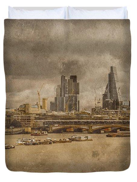 London, England - London Skyline East Duvet Cover