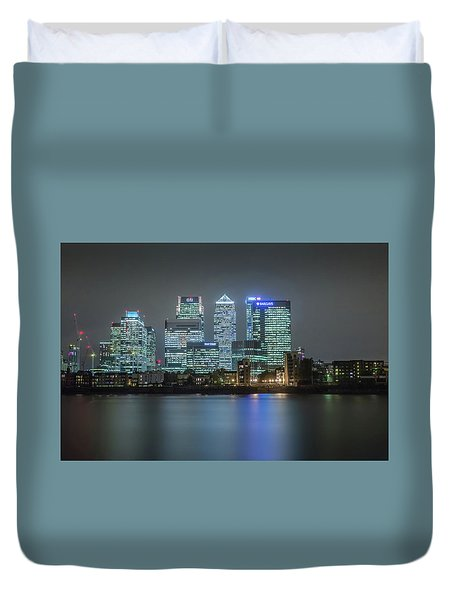 London Skyline Duvet Cover by Ian Hufton