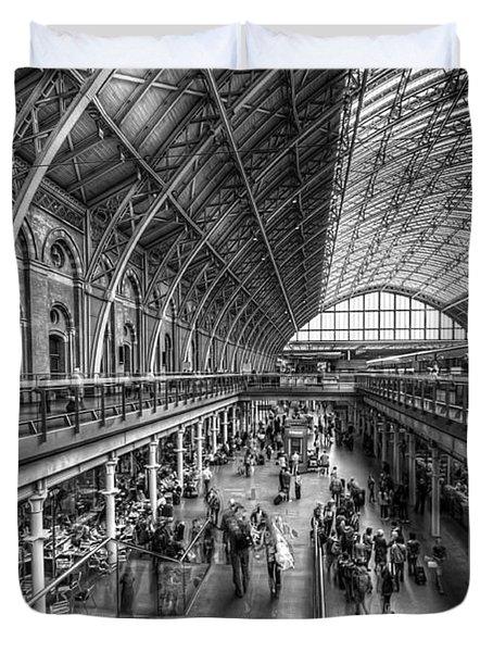 London St Pancras Station Bw Duvet Cover
