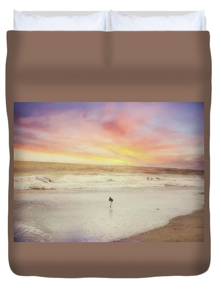 Lone Bird At Sunset Duvet Cover