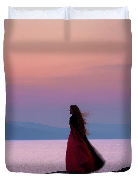 Lone Figure On The Cob, Lyme Regis, Dorset, Uk, At Sunrise. Duvet Cover