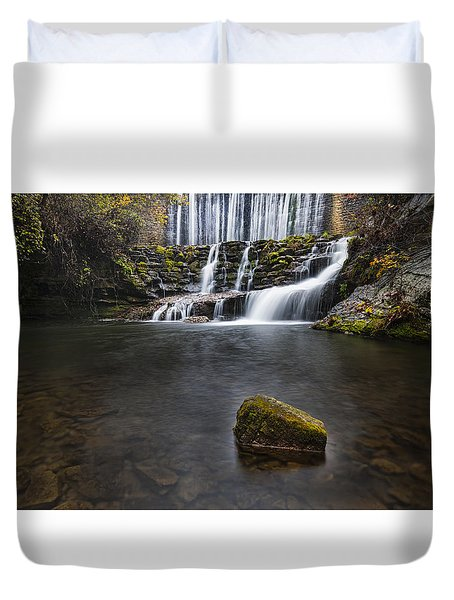 Lone Rock At The Falls Duvet Cover
