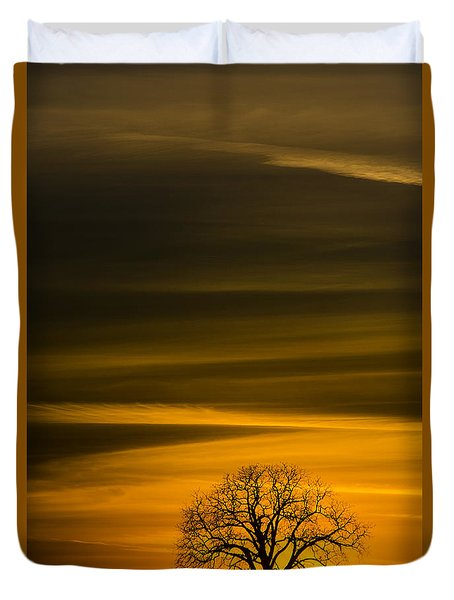 Lone Tree - 7064 Duvet Cover