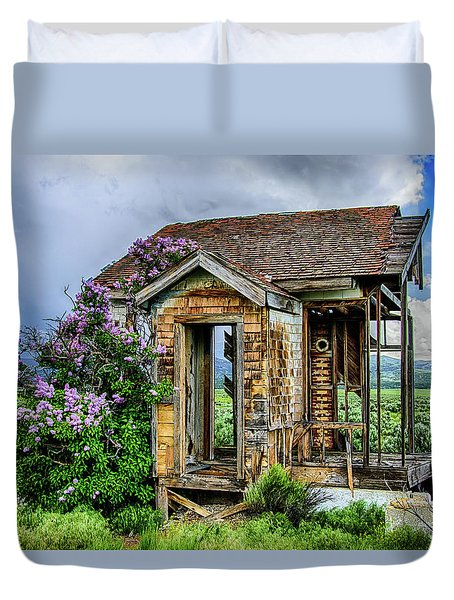 Lonely Lilacs Duvet Cover