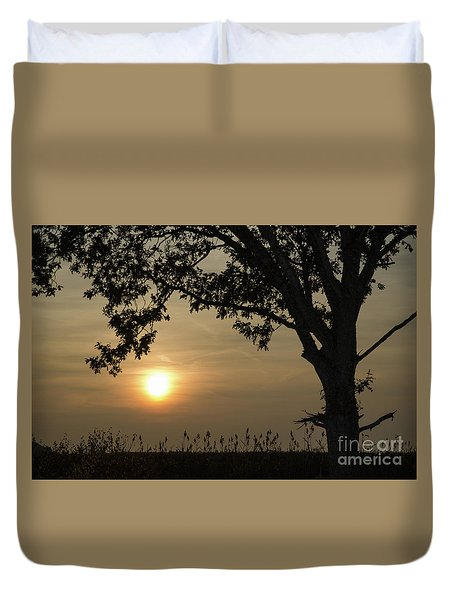 Lonely Tree At Sunset Duvet Cover