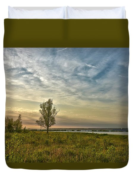Lonely Tree In Dintelse Gorzen Duvet Cover