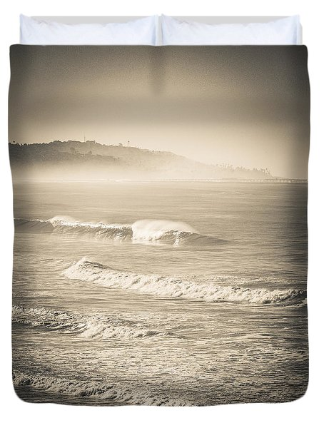 Duvet Cover featuring the photograph Lonely Winter Waves by T Brian Jones