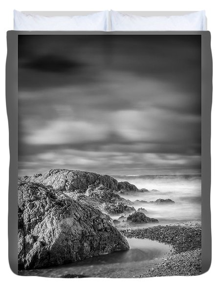 Long Exposure Of A Shingle Beach And Rocks Duvet Cover