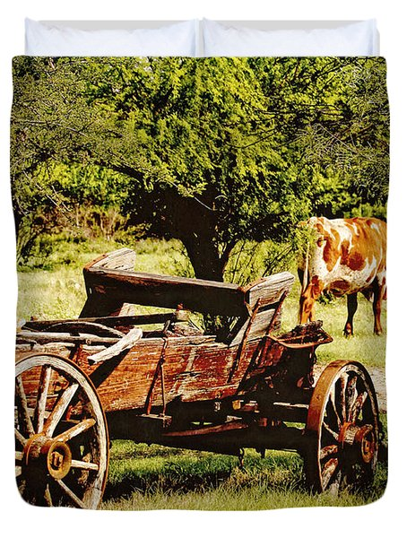 Longhorn And Wagon Duvet Cover