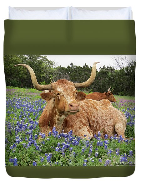 Da210 Longhorn In A Sea Of Bluebonnets By Daniel Adams Duvet Cover