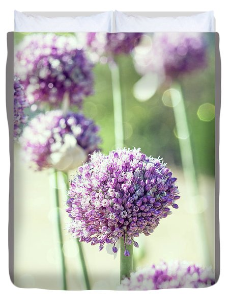 Duvet Cover featuring the photograph Longing For Summer Days by Linda Lees