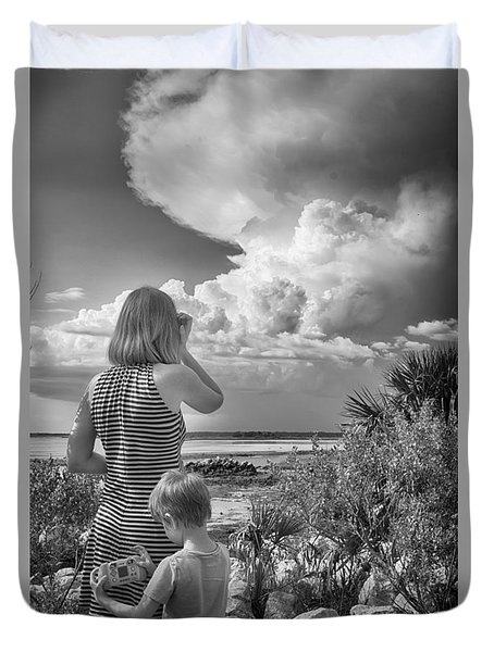 Duvet Cover featuring the photograph Look Out by Howard Salmon