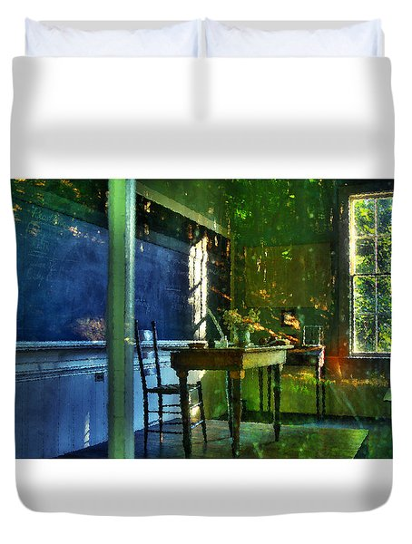 Looking Back In Time Duvet Cover