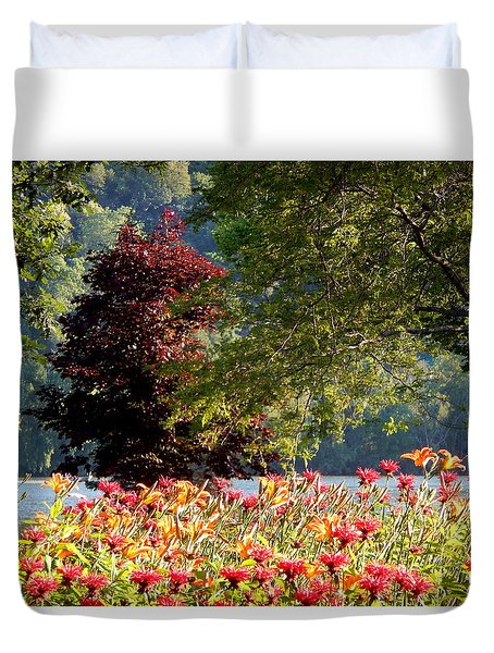 Looking For Peace Duvet Cover