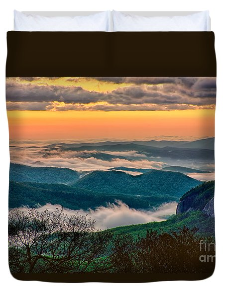Looking Glass In The Blue Ridge At Sunrise Duvet Cover by Dan Carmichael