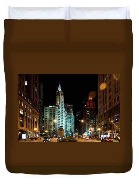 Looking North On Michigan Avenue At Wrigley Building Duvet Cover