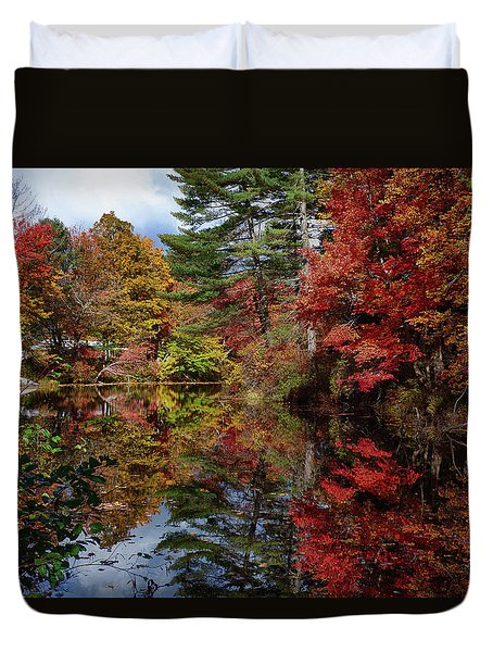 Duvet Cover featuring the photograph Looking Up The Chocorua River by Jeff Folger
