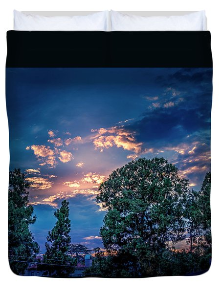 Looking West At Sunset Duvet Cover