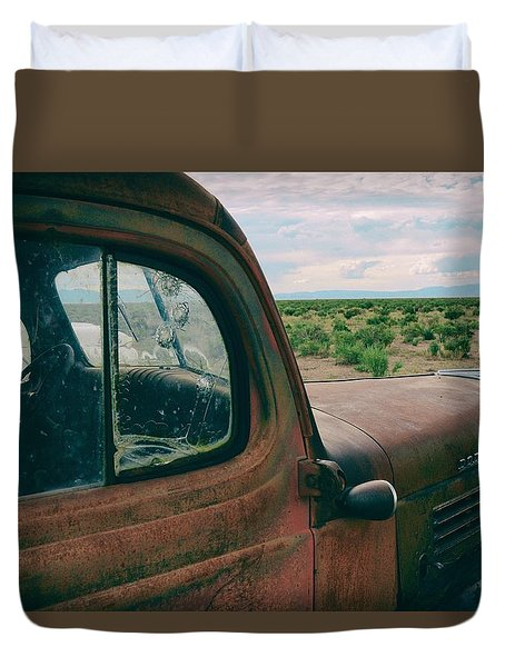 Looking West Duvet Cover