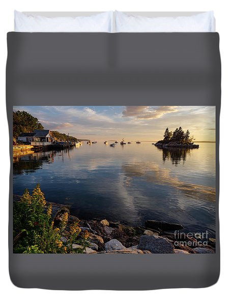 Duvet Cover featuring the photograph Lookout Point, Harpswell, Maine  -99044-990477 by John Bald