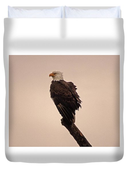 Duvet Cover featuring the photograph Looks Like Reign by Robert Geary