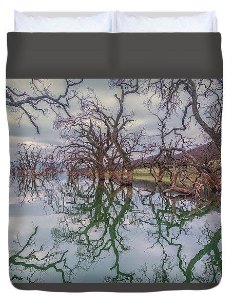Los Vaqueros Oaks Duvet Cover