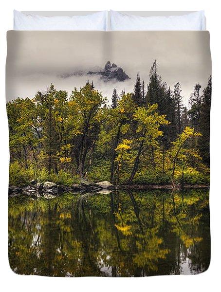 Lost Lake In Glacier Duvet Cover