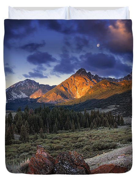 Duvet Cover featuring the photograph Lost River Mountains Moon by Leland D Howard