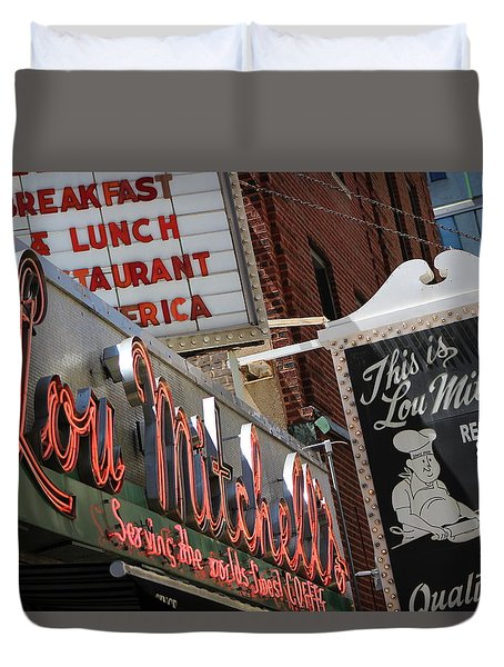 Lou Mitchells Restaurant And Bakery Chicago Duvet Cover