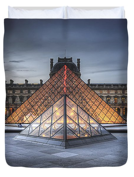 Louvre At Dusk Duvet Cover