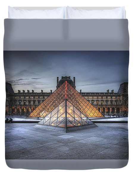 Louvre At Dusk Duvet Cover