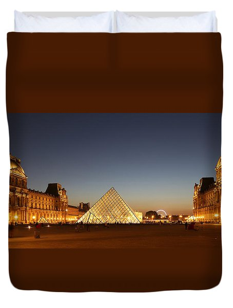 Duvet Cover featuring the photograph Louvre At Night 2 by Andrew Fare