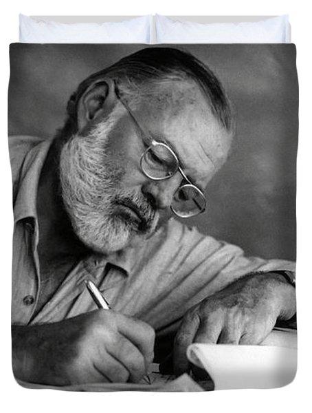 Love Of Writing - Ernest Hemingway Duvet Cover
