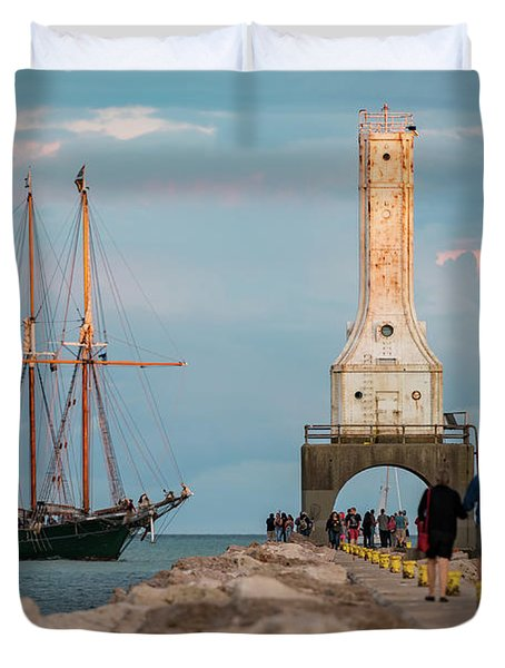 Loving Port Duvet Cover
