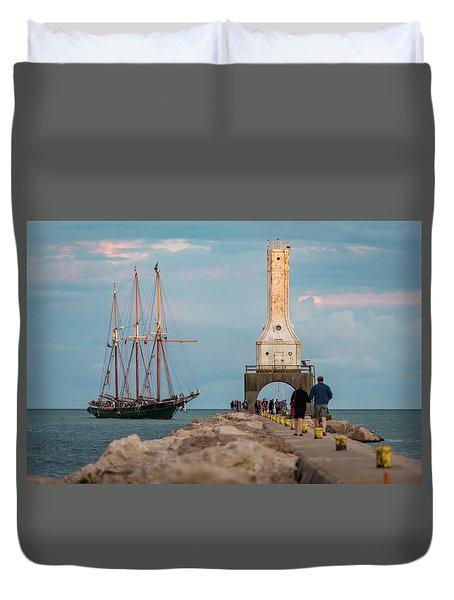Loving Port Duvet Cover
